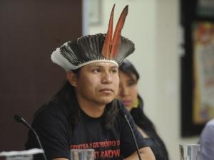 Suspensão de liminar não acaba com conflito entre índios e fazendeiros, diz líder guarani kaiowá