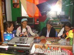 L'émancipation des femmes en Bolivie passe par les ondes