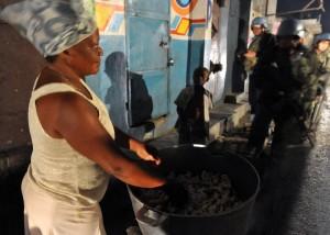Presidente do Haiti pede que Dilma apoie manutenção de força de paz para evitar riscos à estabilidade
