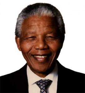 Apesar de melhora, médicos optam por manter Mandela internado