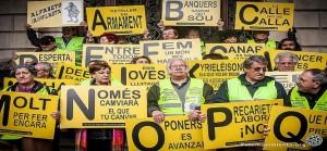 Spagna: i «nonni senza paura» si ribellano alla repressione e occupano le sedi della «giustizia»