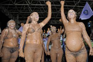 Mulheres camponesas discutem violência e geração de renda em encontro em Brasília