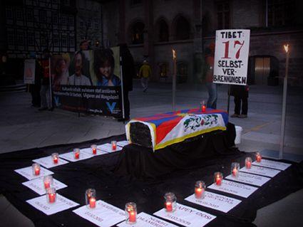 Tibet: la criminalizzazione delle immolazioni  crea ulteriori tensioni