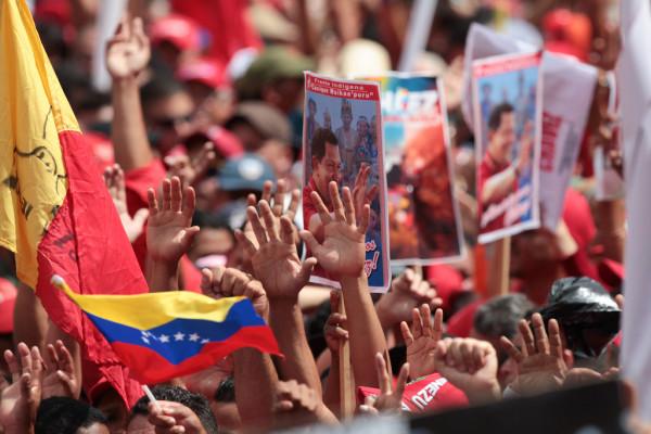 A nuestras hermanas y hermanos venezolanos