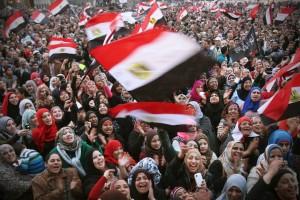 Irmandade Muçulmana diz que não negociará com novas autoridades do Egito