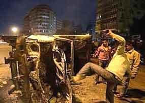 Tribunal egípcio ratifica penas capitais; cresce tensão em Port Said