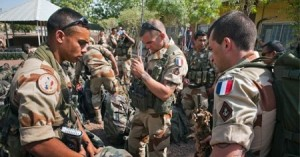 França envia tropas à República Centroafricana