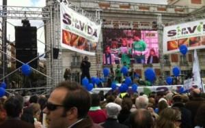 Miles de manifestantes exigen derogar ley de aborto en España