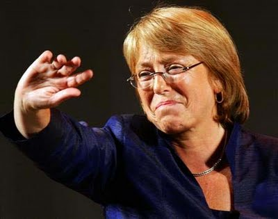 Mario Aguilar responde a Bachelet