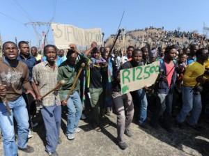 África do Sul: Situação continua bloqueada nas minas de Marikana