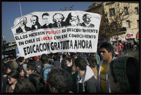 Marcha de Estudiantes-Educación (8) copia