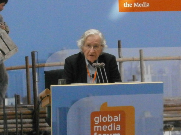 """""""A path to a Just World – people reviving Democracy"""". Comments on Noam Chomsky's speech"""