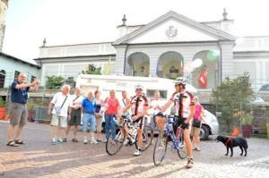 In bici dalle Alpi a Taranto contro l'inquinamento