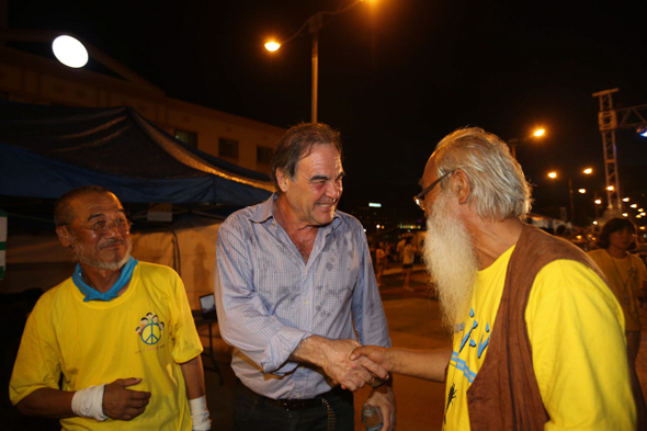 Oliver Stone joins Jeju residents' battle against naval base