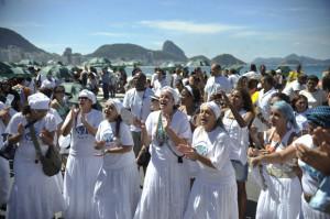 Milhares de pessoas se reúnem na Caminhada em Defesa da Liberdade Religiosa no Rio de Janeiro