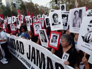 Cile, la marcia dei quarant'anni