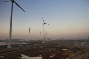 As Planet Warms, Clean Energy Investments Take a Dive