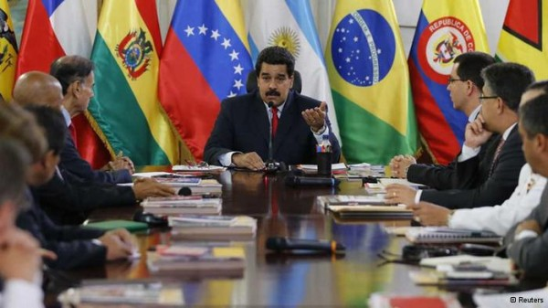 Maduro acepta reunirse con la oposición