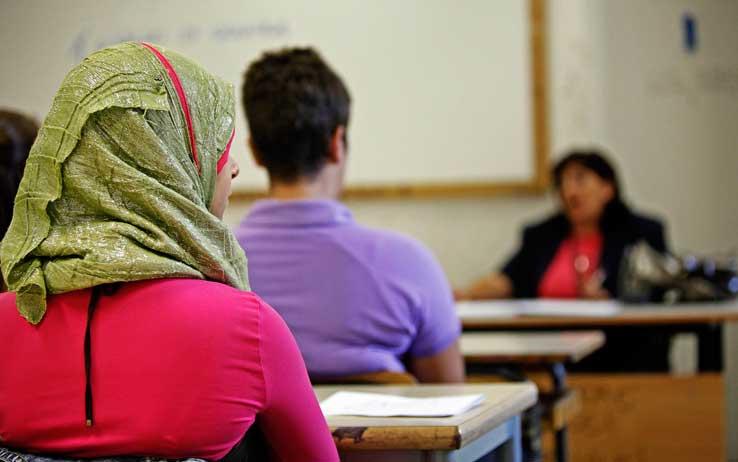 Gli immigrati e i loro insegnanti: un popolo di invisibili.