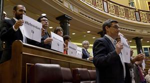 Spagna, la Camera ratifica l'abdicazione del re nonostante le richieste di referendum