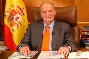 Rey Juan Carlos de España abdica y cede el trono al Príncipe de Asturias