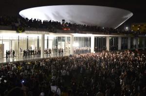 Elecciones en Brasil, las jornadas de junio y la convocatoria para el cambio social
