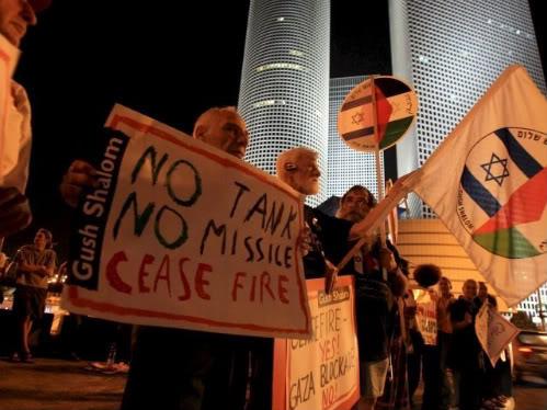 Peace demo under attack in Tel Aviv