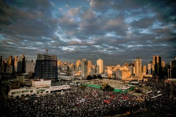 São Paulo, Largo da Batata, Junho2013. Foto Midia Ninja