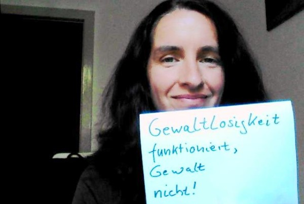 """""""Selfie"""" Campaign for Nonviolence Day"""