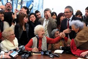 Para una Abuela de todos: Estela Carlotto de Argentina
