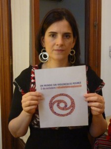 Interview to Georgina Hassan, Argentinean singer and songwriter who has joined the campaign for October 2 #diadelanoviolencia #nonviolenceday