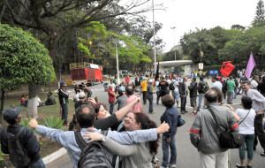 Termina a greve de mais de 100 dias na USP