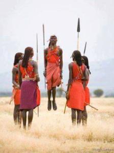 Une tribu africaine possède une très belle manière de punir ceux qui agissent mal