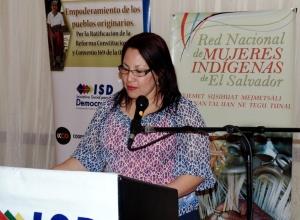 """""""El buen vivir"""" como reconocimiento a las mujeres indígenas y rurales en El Salvador"""