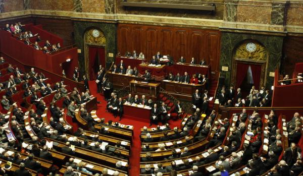 Il Parlamento francese dice sì allo Stato palestinese