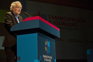 Conferencia Magistral de Noam Chomsky, referente ineludible para pensar la emancipación y la igualdad