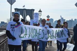 Marcha por la Vida desde el Puente de Brooklyn, Nueva York