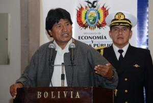 Morales urge reunión de emergencia de UNASUR y pide a CELAC «defender» a Venezuela