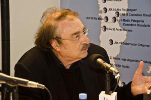Tenemos que ser capaces de elaborar discursos que seduzcan: Ignacio Ramonet