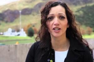 Diputada musulmana se compromete a defender los musulmanes en Escocia