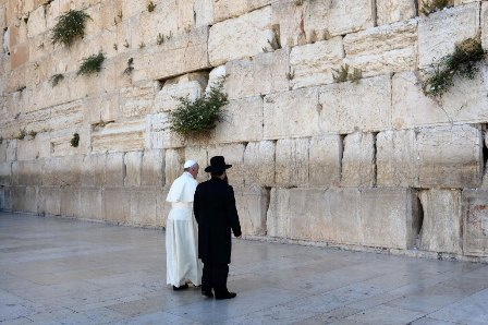 Jews congratulate Pope Francis