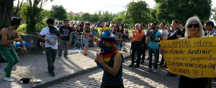 Berlin civil society shows its support for the government of Ecuador