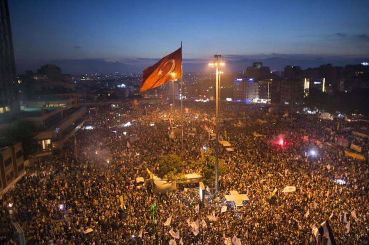 Turkey moves against authoritarianism