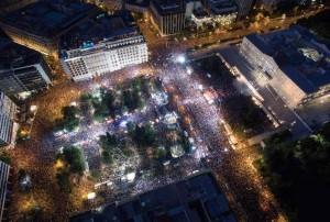 Mille piazze per la democrazia: un grande OXI