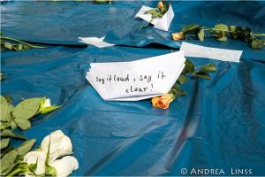 Profughi: l'opinione pubblica tedesca divisa tra solidarietà e odio