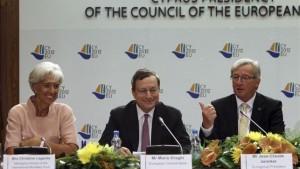 La pelea por el tercer rescate a Grecia se recrudece y divide a los socios del euro