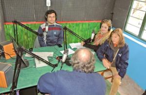 """Ya está al aire FM Correntada, la primer radio del proyecto """"Sembramos palabras, cosechamos derechos"""""""