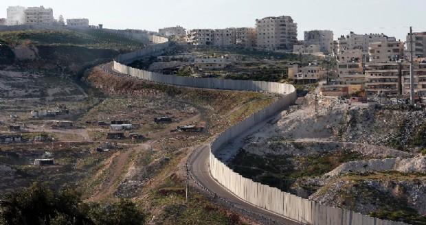 Pressenza Cisgiordania Ruspe Al Lavoro Israele Vuole