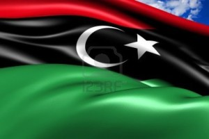 Tripoli:Migliaia difamiglielibichein fuga,3.000 migranti bloccatiin zone a rischio.Scarseggiano cibo e medicinali