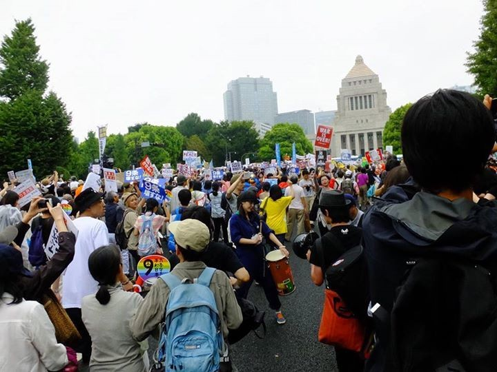 Japan: Staatsstreich weckt die Demokratie auf